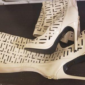Women Fancy Boots